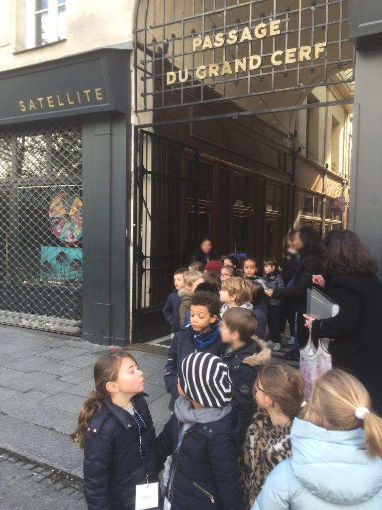 Exploration du quartier de l'école